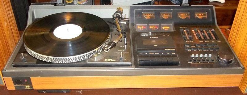 Hitachi SDT-400 music centre repairing - UK Vintage Radio