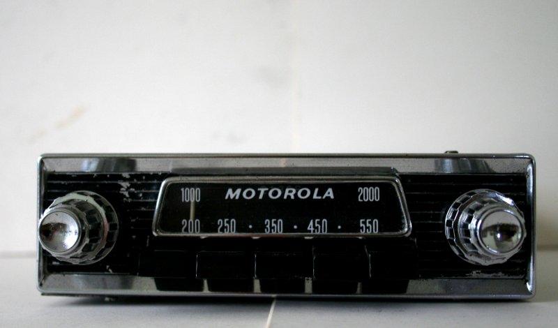 Motorola car radio uk vintage radio repair and restoration click image for larger version name motorola car radio jensen 003g views swarovskicordoba Images